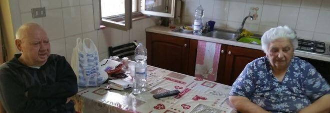 Massacrati di botte per meno di 100 euro: anziani aggrediti insieme alla figlia disabile