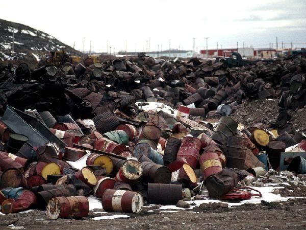 Traffico di rifiuti tra la Campania e la Puglia: 42 indagati, 9 milioni sequestrati