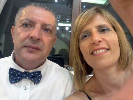 Cosenza: spara alla moglie e poi si suicida davanti alla figlia