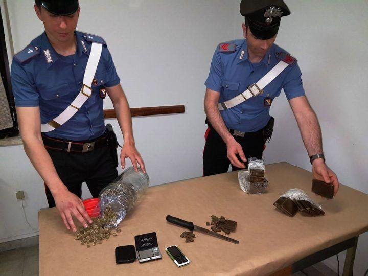 Mugnano, sorpreso in casa con droga. Arrestato 39enne