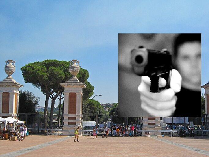 Incubo terrorismo a Napoli. Ragazzo armato semina il panico: la pistola era a salve