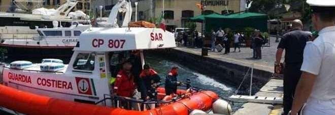 Ischia, nave urta banchina a Casamicciola: 29 feriti lievi