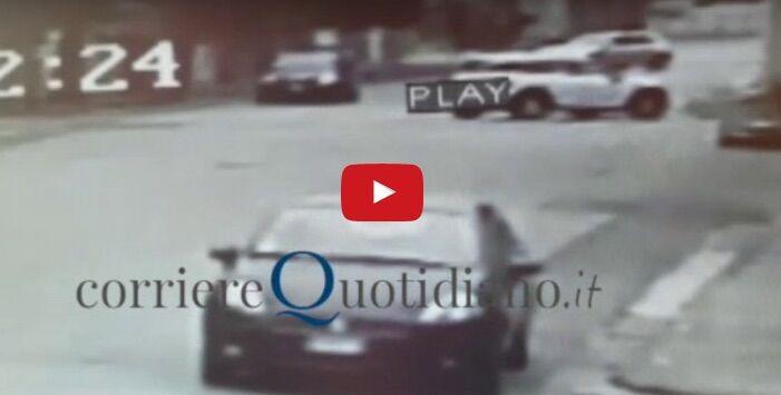 Afragola, il video dell'omicidio di Salvatore Caputo in via Foscolo. VIDEO