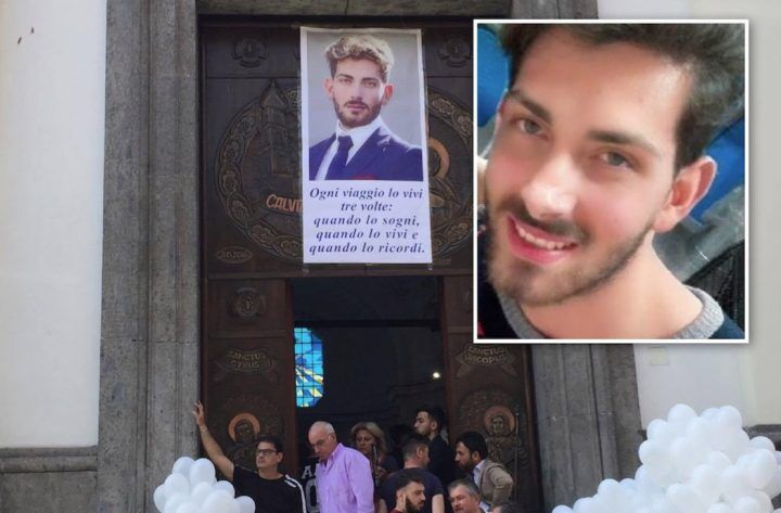 Calvizzano, chiesa gremita per l'ultimo saluto ad Antonio Trinchillo. VIDEO