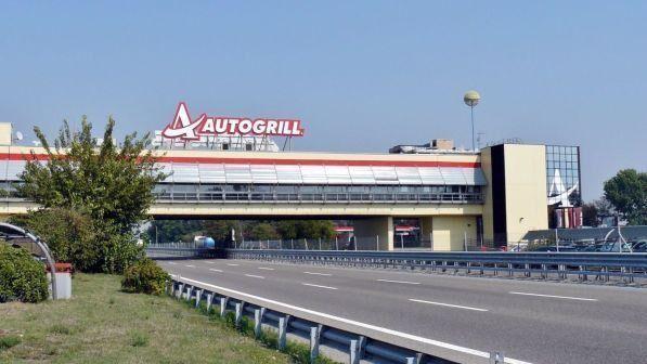 Assurdo in Piemonte, dimentica moglie durante il viaggio: se ne accorge dopo 40 chilometri