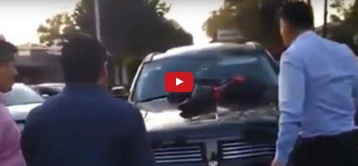 Città del Messico, scopre la moglie con l'amante in auto. VIDEO