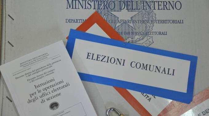 Campania, primo sindaco per gli arancioni di De Magistris