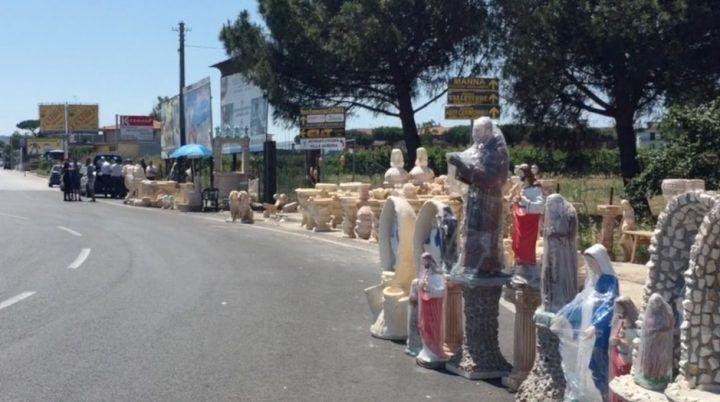 """Giugliano, nuovo sequestro per il """"Madonnaro"""" nei pressi di Auchan"""