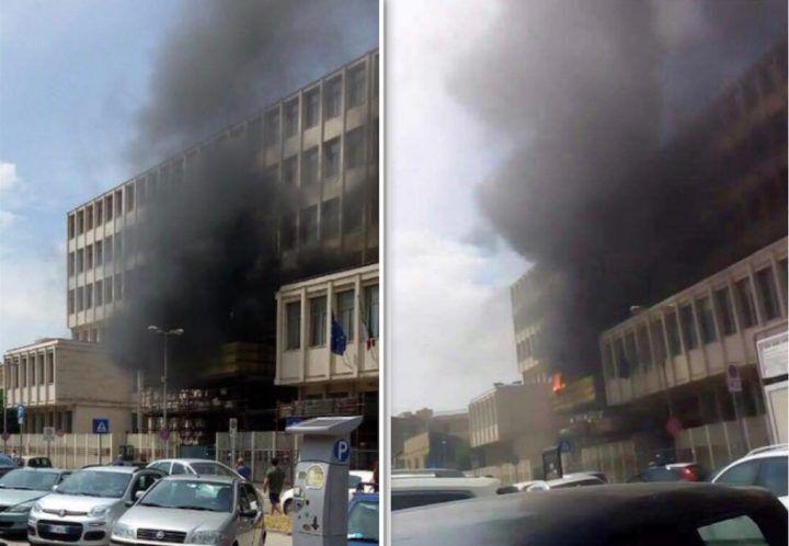 Santa Maria Capua Vetere, in fiamme il tribunale di piazza Resistenza