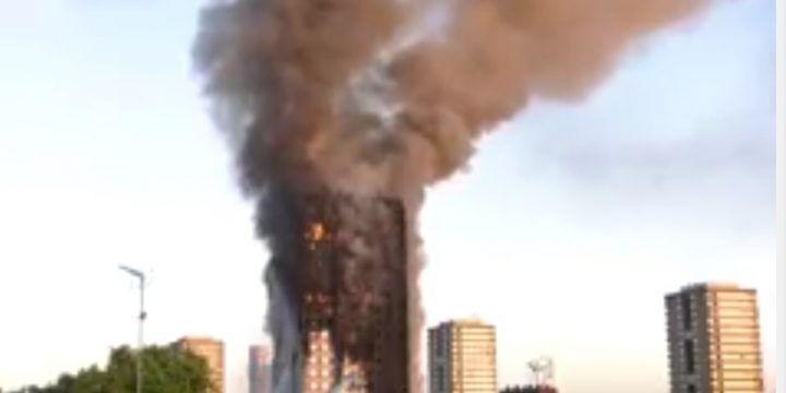 Londra, incendio al grattacielo Grenfell Tower. VIDEO