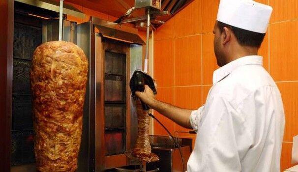 Mangia il kebab e muore a 15 anni stroncata da un malore
