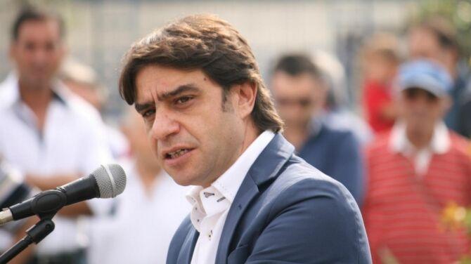Uomo minaccia il sindaco di Poggiomarino: fermato