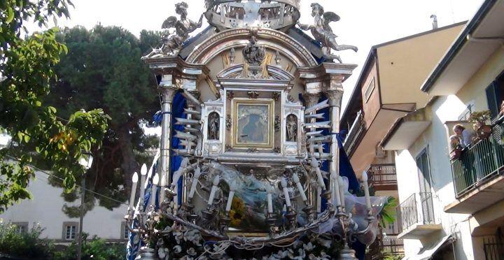 Tra fede e tradizione: il quadro della Madonna torna ad Aversa