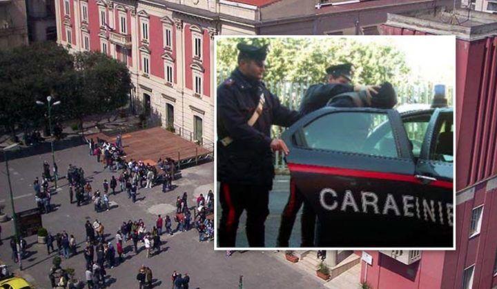 Marigliano, piazza di spaccio davanti al comune: arrestati in tre