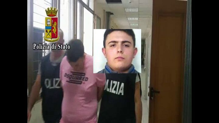 Napoli, fuochi d'artificio alla scarcerazione del figlio di Ciruzzo o' milionario