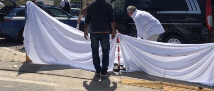 Eboli, accompagna la moglie in ospedale ma a morire è lui