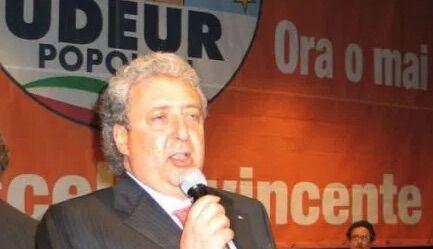 Ex consigliere regionale al servizio del clan, sequestro da 3 milioni di euro
