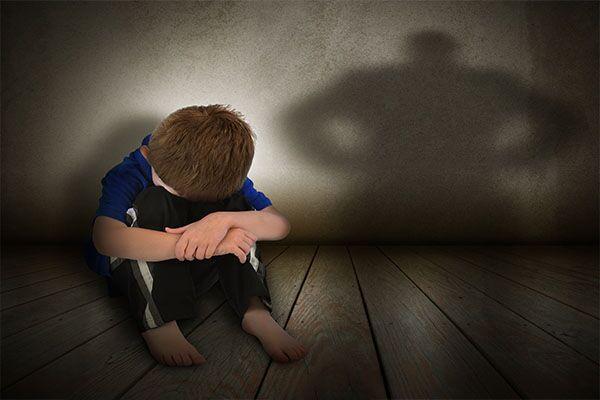 Marano, arrestato pedofilo: ha abusato di un 13enne