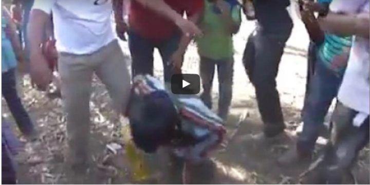 Costringono due bambini ad ubriacarsi per prenderli in giro: IL VIDEO CHOC