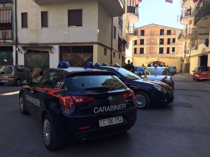 Melito, blitz anti-droga dei Carabinieri: arresti e sequestri al Parco Monaco