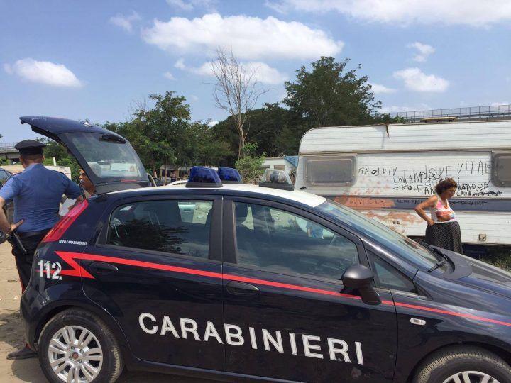 Giugliano-Qualiano, intervento di carabinieri e Arpac al campo rom: grave situazione ambientale