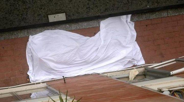 Tragedia ad Aversa. 35enne vola dal quarto piano: morto sul colpo