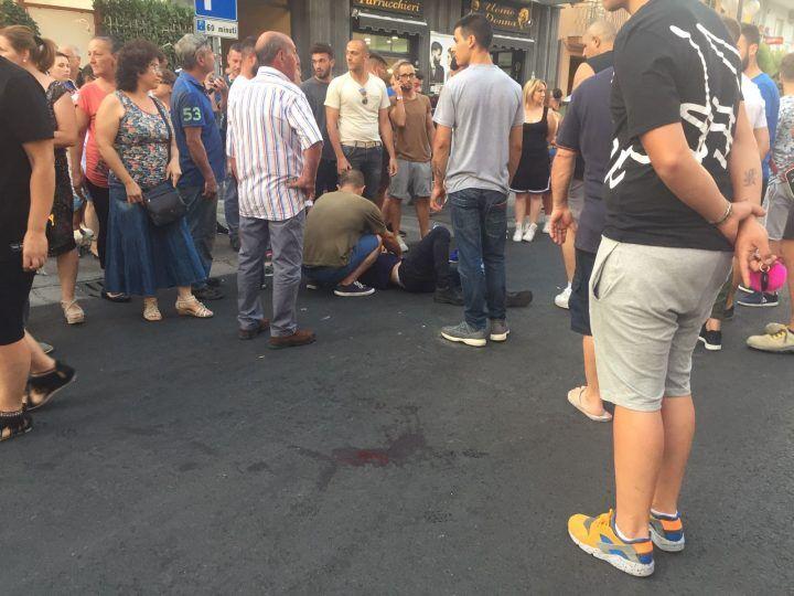 Qualiano, incidente in via Di Vittorio: centauro ferito