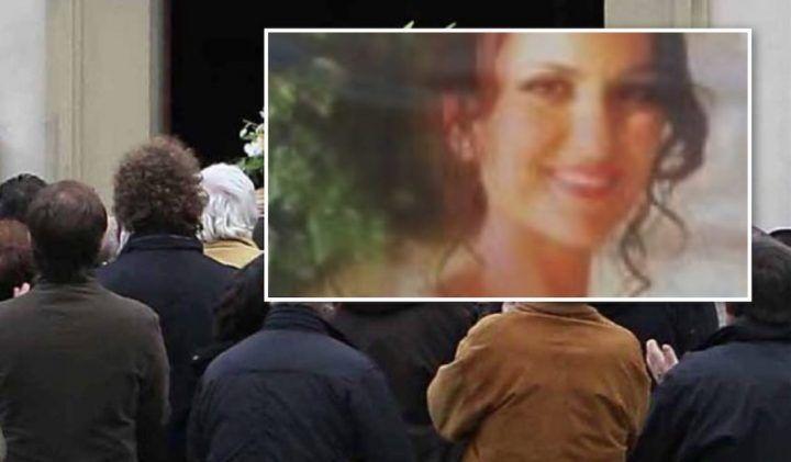 Lutto a Scafati, sposa morta tra le braccia del marito: oggi l'ultimo saluto