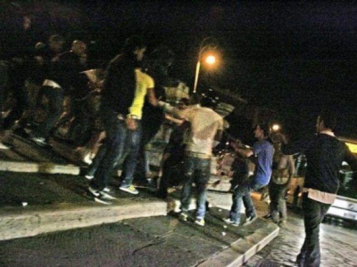 Aversa, serata di violenza: calci e pugni in Piazza Vittorio Emanuele e in via Diaz