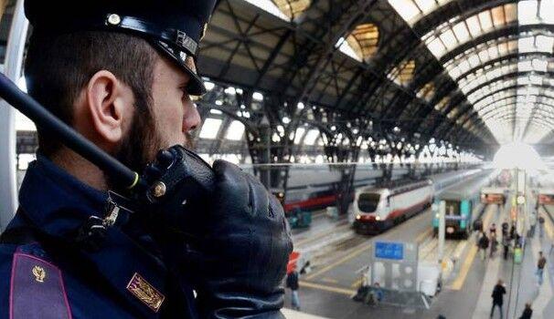 Napoletano ricercato in tutta Italia, preso sul treno mentre tentava fuga verso il Nord