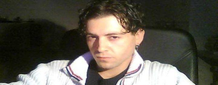 Frigento, processo per il giovane Ivano: massacrò i genitori