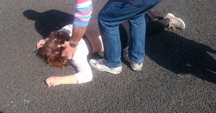 Parete, picchia la compagna: arrestato 29enne