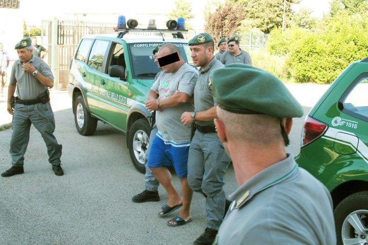 Cilento, arrestato un piromane: ha appiccato incendio a Pedemontana