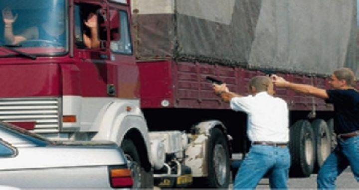 Marcianise. Rapine da 2 milioni di euro ai camionisti: 10 arresti. I NOMI