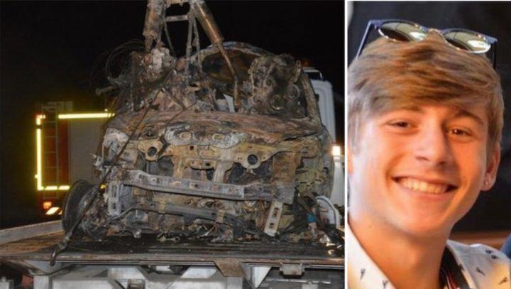 Schianto tra auto e moto: un uomo e un ragazzo morti carbonizzati