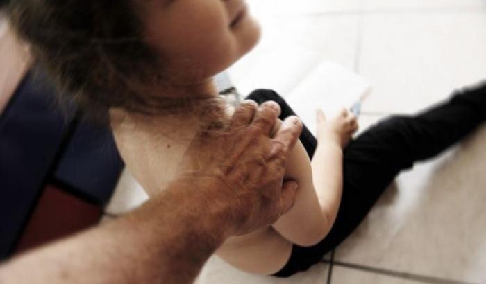 Reggio Calabria, arrestato ex insegnante per abusi sessuali su minori