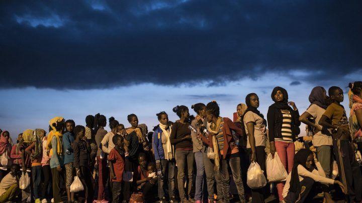 Profughi minorenni sequestrano responsabile della casa famiglia di Caivano