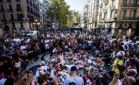 Attentato a Barcellona, c'è una terza vittima italiana: si tratta di Carmeno Lopardo
