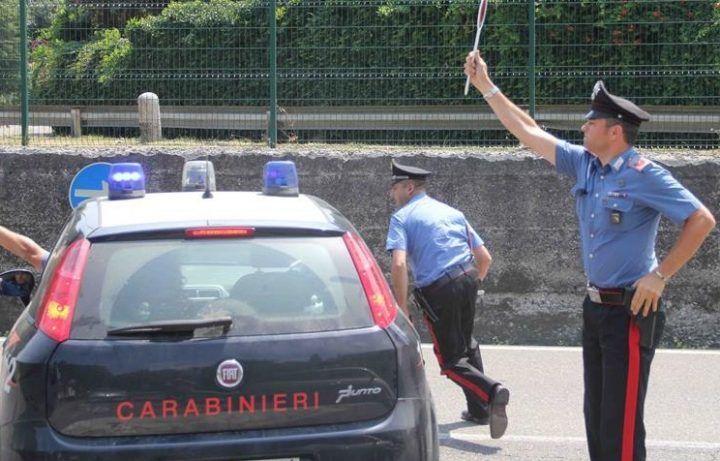 """Napoli, carabinieri fermano autotreno: ecco cosa trasportava. """"Il carico avrebbe fruttato 600mila euro"""""""