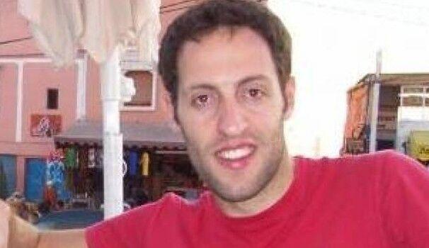 Firenze, Matteo si sente male in piscina e muore a 35 anni