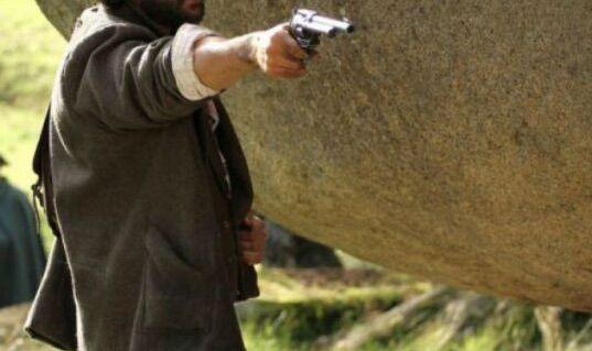 Villaricca, estrae pistola e minaccia di uccidere due persone: arrestato 56enne