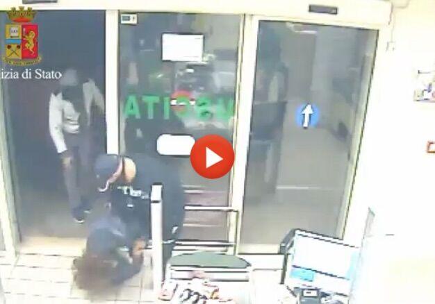 Bari: sgominata la banda delle rapine in supermercati e distributori