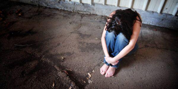 Rimini. Donna stuprata da 4 uomini in spiaggia, il fidanzato picchiato