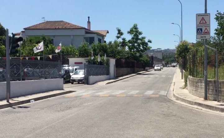 Incidenti all'incrocio Mugnano-Calvizzano in via Granata, ripristinati i semafori