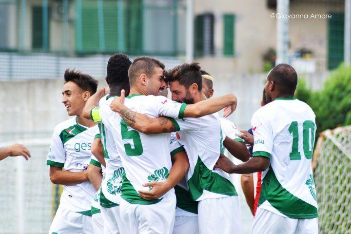 Dramma Afro-Napoli, uno degli accompagnatori muore dopo la partita a Procida