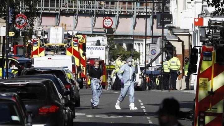 Londra, psicosi attentati: evacuata stazione metro e allarme in un centro commerciale
