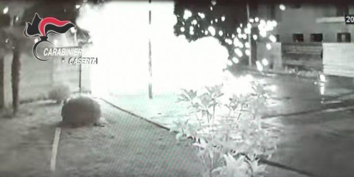 Bombe della camorra a Parete, gruppo alla sbarra: due sono di Marano e Villaricca