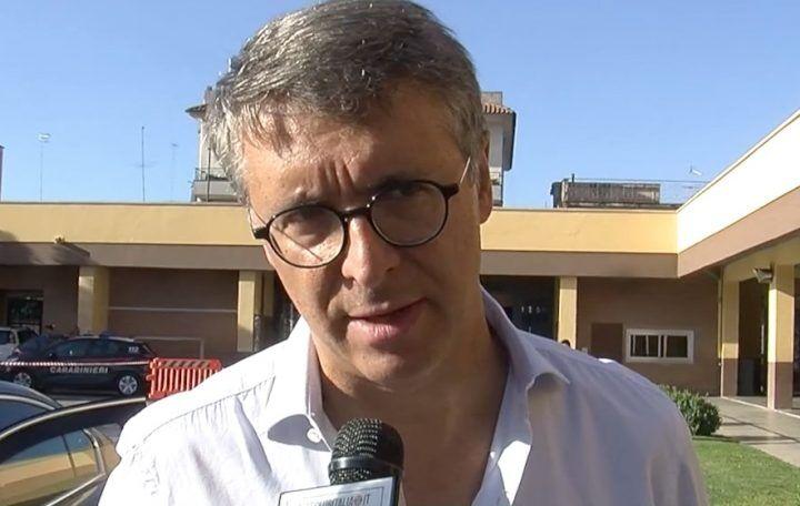"""""""La corruzione spuzza"""", Raffaele Cantone presenta il nuovo libro a Giugliano"""