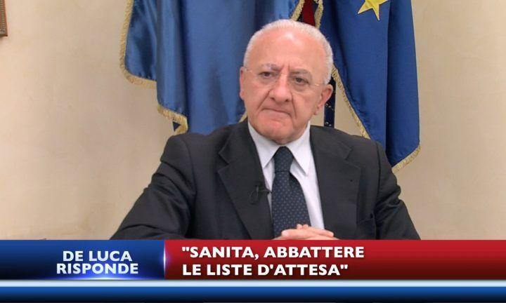 """""""De Luca risponde"""": primo appuntamento su abusivismo, sanità e Terra dei fuochi. """"Ritardi ecoballe dovuti a massima trasparenza"""""""