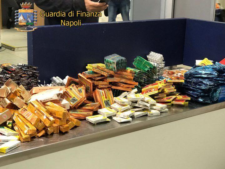 Farmaci pericolosi, maxi sequestro a Napoli